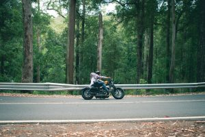 4 Simple Tips for Avoiding Motorcycle Accidents